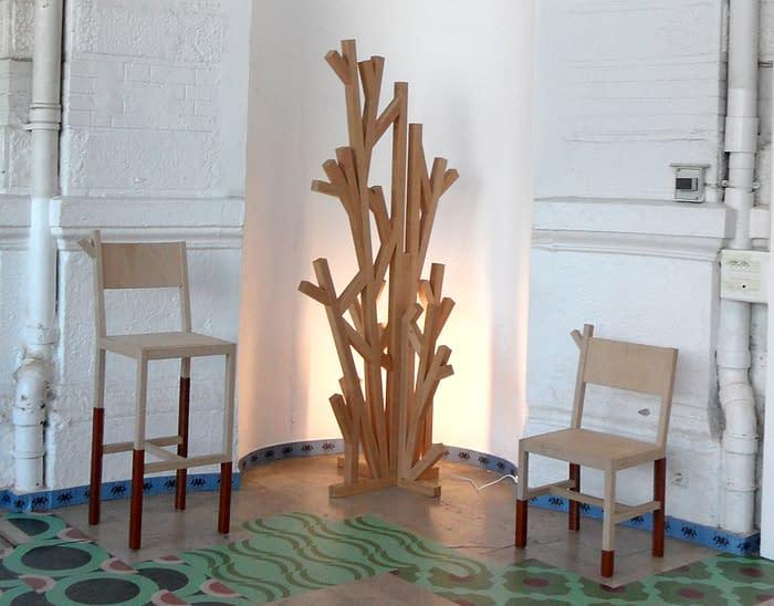 DLFL arbre et chaises NBSG EB rt